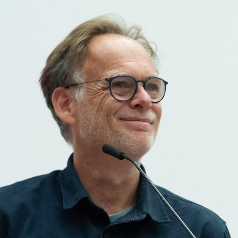 Portraitfoto von Urlich Bähr
