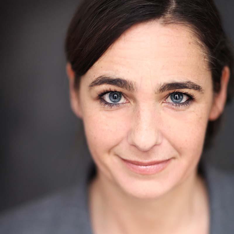 Portraitfoto von Anne Schassan