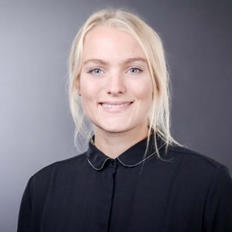 Portraitfoto von Elisabeth Panuschka