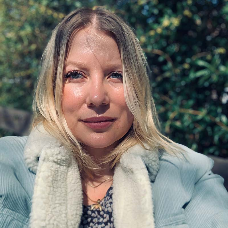 Portraitfoto von Imke Schröder